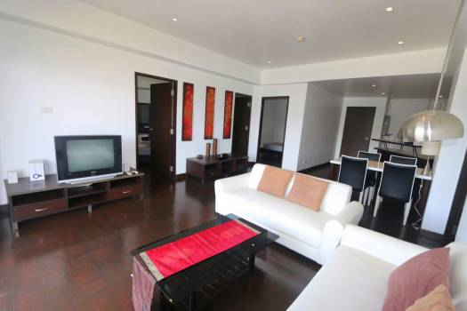 kath65-spacious-apartment-kathu-golf