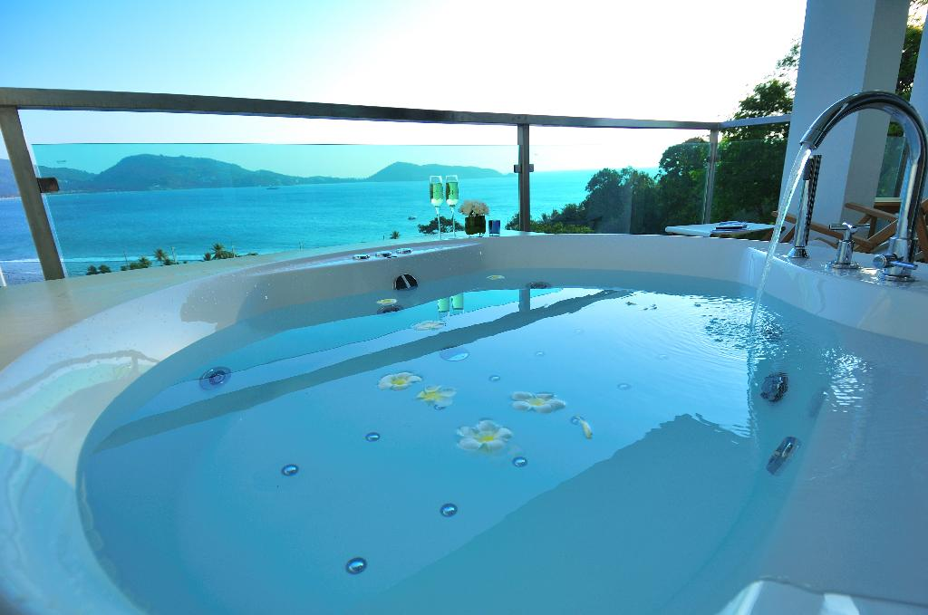 Sale Sea View Apartment With Jacuzzi In Patong Beach ...