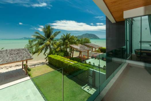 RAW32 Modern Beachfront Villa In Rawai