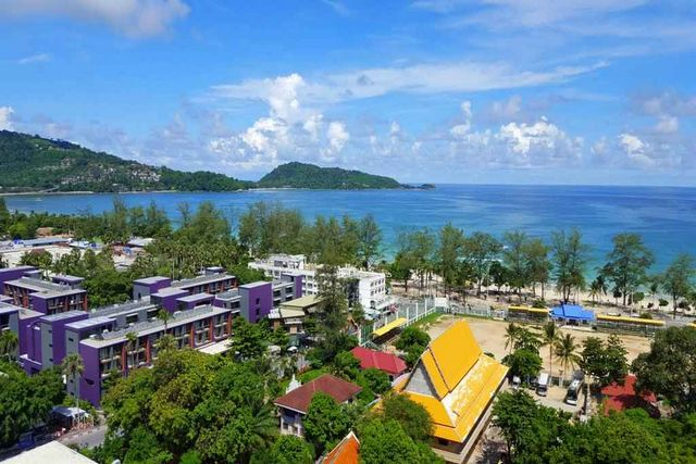 where to stay in phuket patong beach