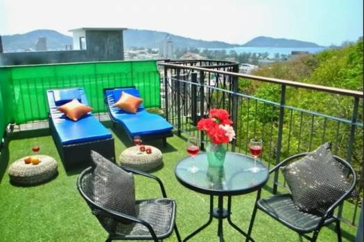 Emerald Terrace Sea View Penthouse PAT122