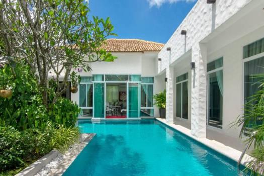 Mediterranean Style Villa in Rawai RAW34