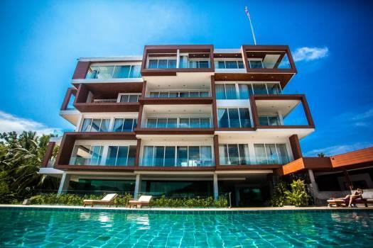 Q-Conzept-Condominium-Buy-1-Get-2-Free